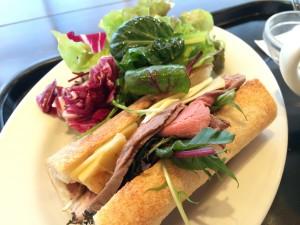 Refectoire レフェクトワール  ローストビーフのカスクルート 牛肉法式三明治