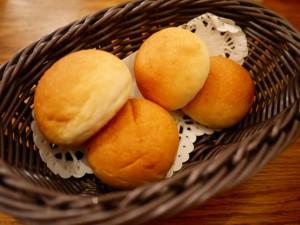 LONGING HOUSE 自家製パン 自制面包