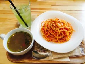 ベリーベリースープ パスタとスープ 意面配汤