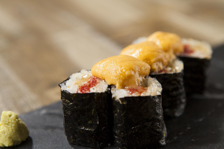 原宿 焼肉 KINTAN キンタン 和牛鉄火巻き 和牛特火寿司