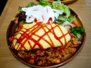MUSHROOM TOKYO ふわとろオムライスプレート 松软蛋包饭