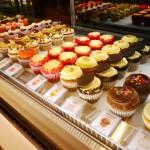 原宿 表参道 LOLA'S Cupcakes Tokyo ローラズ カップケーキ テイクアウト 手土産 スウィーツ