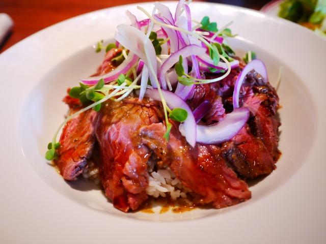 AMERICAN HOUSE BAR&GRILL(アメリカンハウス バーアンドグリル) ローストビーフ丼 烤牛肉盖饭