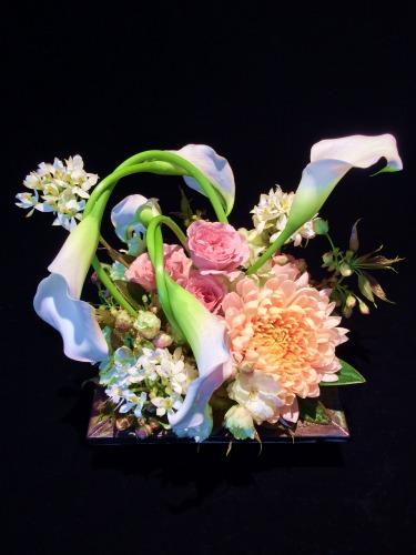 フラワーアレンジメント 画像出典:http://www.pitz-flower.com