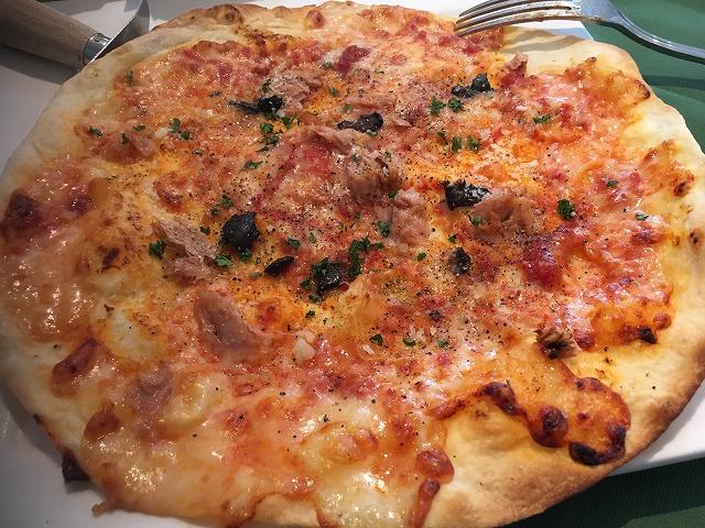 ランチコース ベーコンたっぷりのpizza