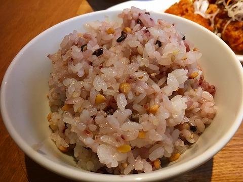 若鶏のから揚げ定食 五穀米
